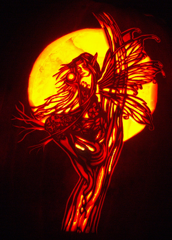 Pumpkin Carving: Molly Harrison's Autumn Red Fairy - Noel