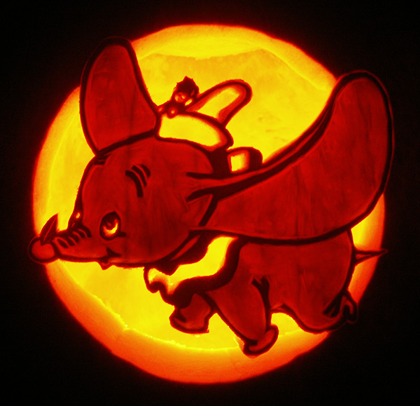 Pumpkin Carving: Dumbo - Nam