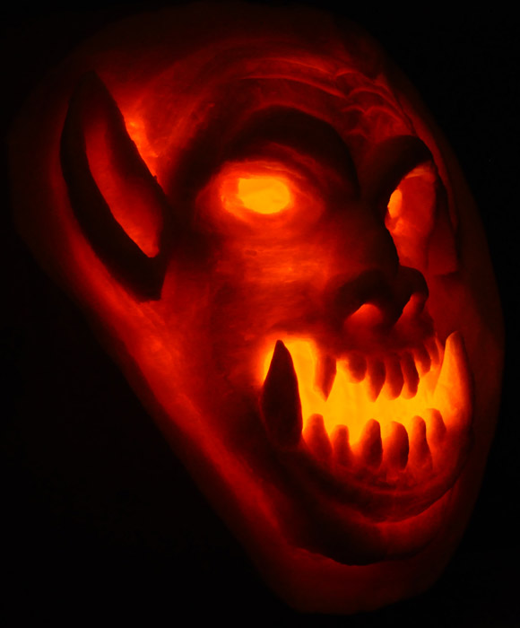 Pumpkin Carving: World of Warcraft Orc Sculpt - Noel