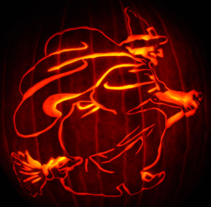Pumpkin Carving: Witch - Nam