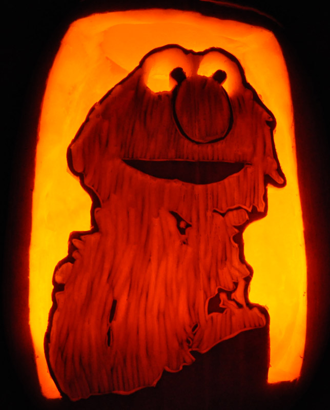 Pumpkin Carving: Elmo - Agnes