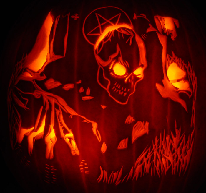 Pumpkin Carving: Skeleton From Hell - Justin
