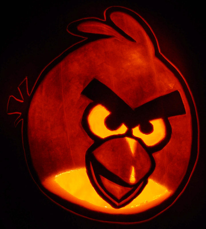 Pumpkin Carving: Angry Birds Red Bird - Noel