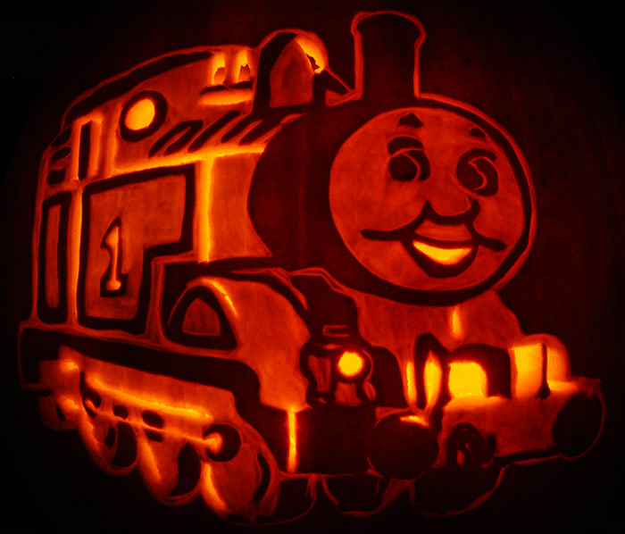 Fantasy pumpkins noel39s pumpkin carving archive for Thomas pumpkin template
